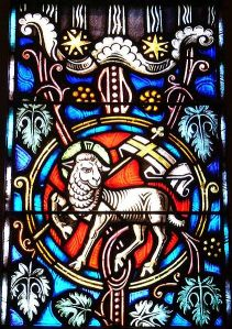 The Lamb of God, photo by John Workman in St. Ignatius church in Chestnut Hill, Massachusetts. (Wikimedia)