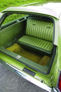 station-wagon-rear-seat-1